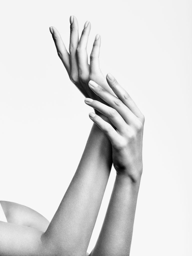 Reviderm Behandlung Hände und Füsse